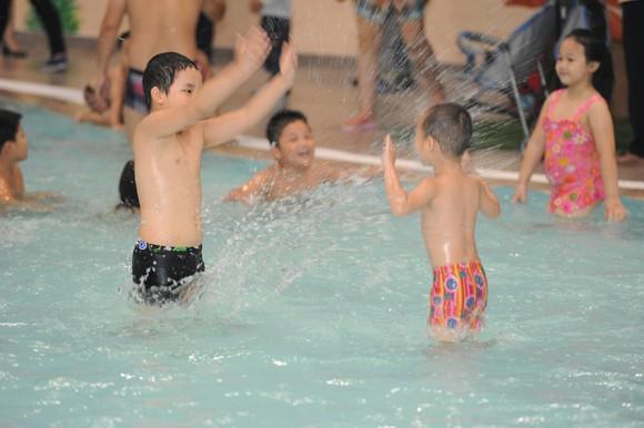Khai trương cụm bể bơi trong nhà lớn nhất Việt Nam ảnh 2