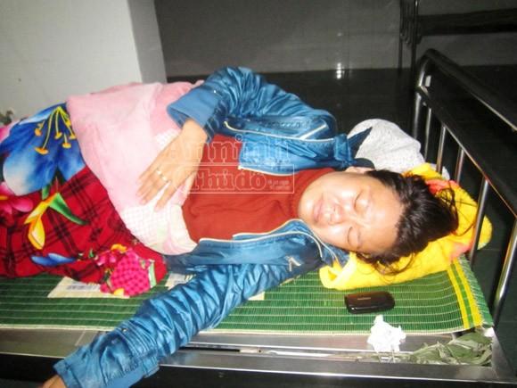 Xử lý nữ hộ sinh tắc trách, làm tử vong trẻ sơ sinh ảnh 1