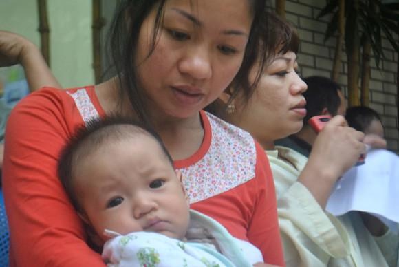 Chạy vạy vay tiền phẫu thuật tim bẩm sinh cho bé 6 tháng tuổi ảnh 1