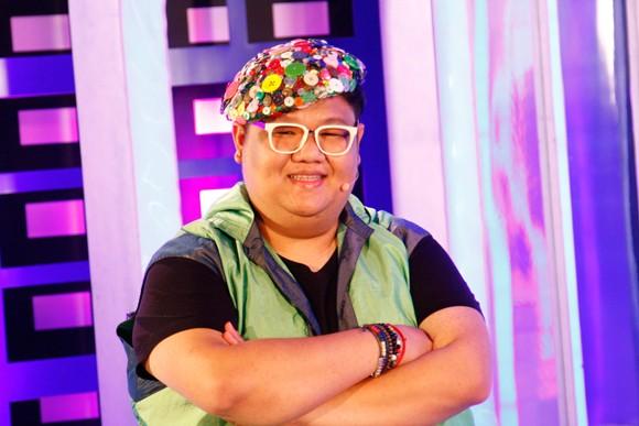 """Hoài Lâm- con trai Hoài Linh, lo lắng vì sắp phải """"chuyển giới"""" ảnh 1"""