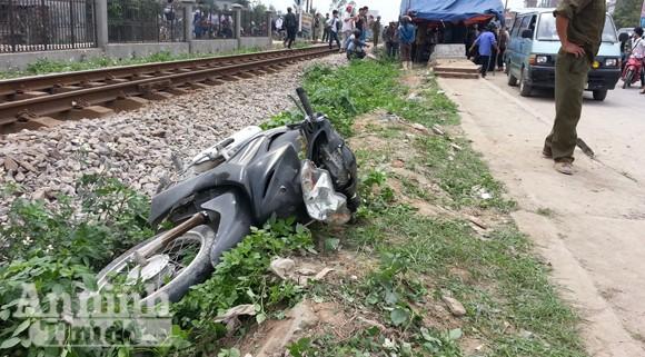 Băng qua đường ray, cán bộ địa chính xã bị tàu tông tử vong ảnh 1