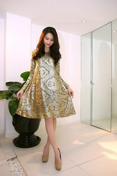 Đỗ Mạnh Cường ân cần sửa váy cho Hoa hậu Đặng Thu Thảo ảnh 5