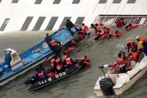 Tin nhắn đầy bi thảm của các nạn nhân trên phà Sewol Hàn Quốc ảnh 3