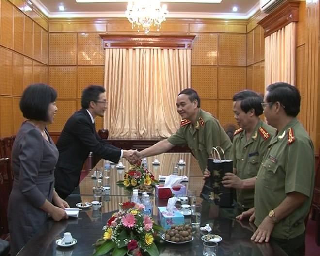 Giám đốc CATP làm việc với ngài Bí thư thứ hai Đại sứ quán Nhật Bản tại Việt Nam
