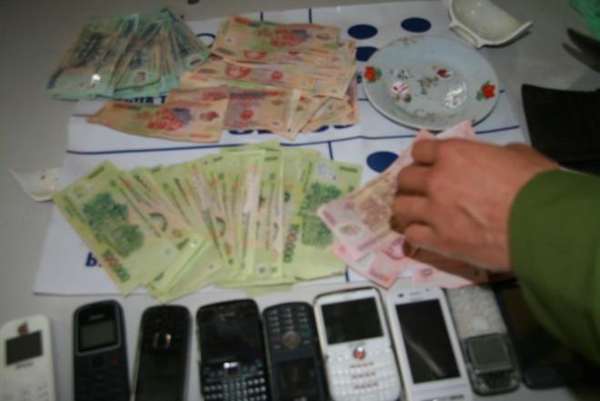 Nhức nhối nạn cờ bạc làng