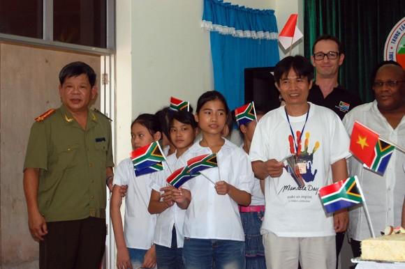 Kỷ niệm Ngày Quốc tế Nelson Madela tại Việt Nam ảnh 2