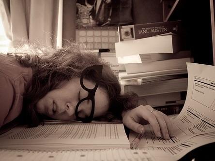 Những triệu chứng cho thấy bạn cần nghỉ ngơi ảnh 1