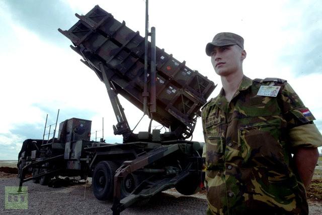 Sợ Syria tấn công, Thổ Nhĩ Kỳ yêu cầu NATO giữ lại tên lửa Patriot ảnh 1