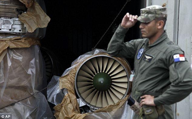 Nhật đóng băng tài sản công ty Triều Tiên vi phạm cấm vận vũ khí ảnh 1