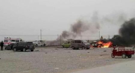 Hơn 100 người thương vong trong loạt vụ nổ tại Tân Cương ảnh 1