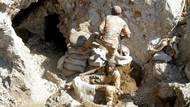 Sập mỏ vàng ở Congo, 50 người có thể đã chết ảnh 1