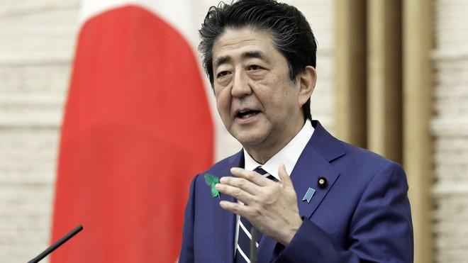 Thủ tướng Nhật Bản Shinzo Abe và Nội các từ chức ảnh 1