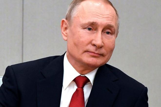 Tổng thống Nga V. Putin cân nhắc tiêm vaccine phòng Covid-19 ảnh 1