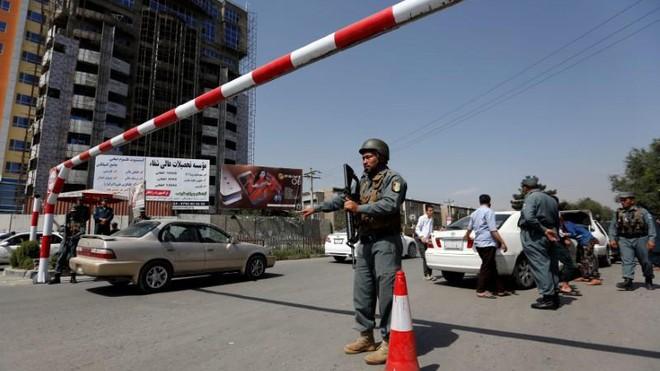Đại sứ quán Iran tại Afghanistan bị trúng rocket ảnh 1