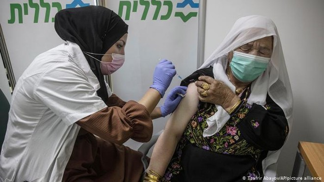Israel: Vaccine ngừa Covid-19 có thể giảm 98,9% nguy cơ tử vong ảnh 1