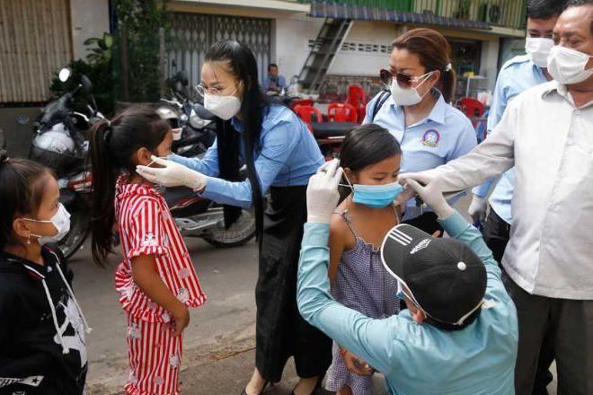 Thông tin mới nhất về 13 người Việt tại Campuchia nhiễm Covid-19 ảnh 1