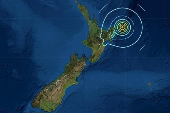 Liên tiếp cảnh báo sóng thần sau loạt động đất mạnh ở New Zealand ảnh 1