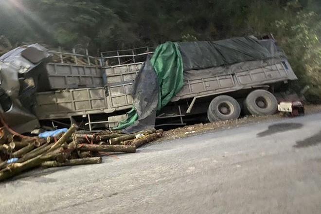 [Tin nhanh sáng 23-3-2021] Tai nạn thảm khốc trong đêm khiến 7 người tử vong ảnh 2