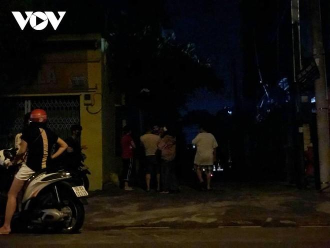 [Tin nhanh sáng 31-3-2021] Bãi giữ xe của Cảnh sát giao thông TP Thủ Đức cháy giữa đêm ảnh 1