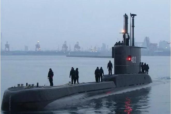 Thông tin mới nhất về vụ tàu ngầm Indonesia chở 53 người mất tích ảnh 1