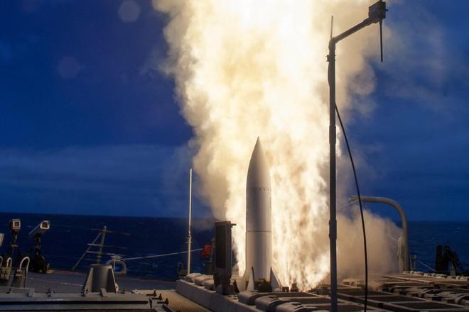 Hệ thống phòng thủ tên lửa Aegis Mỹ bắn trượt mục tiêu ảnh 1