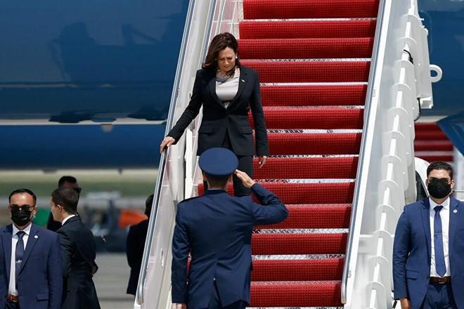 Chuyên cơ chở Phó Tổng thống Mỹ gặp sự cố ảnh 1