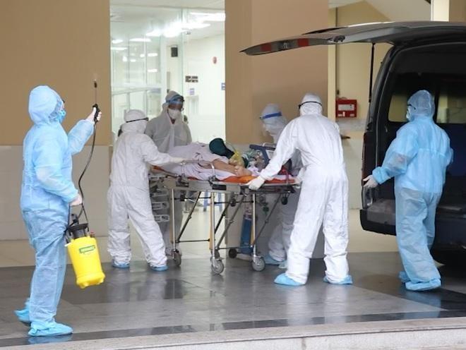 [Tin nhanh sáng 9-6-2021] TP.HCM: Chiến sĩ công an mắc Covid-19 được chuyển qua Bệnh viện Chợ Rẫy ảnh 1