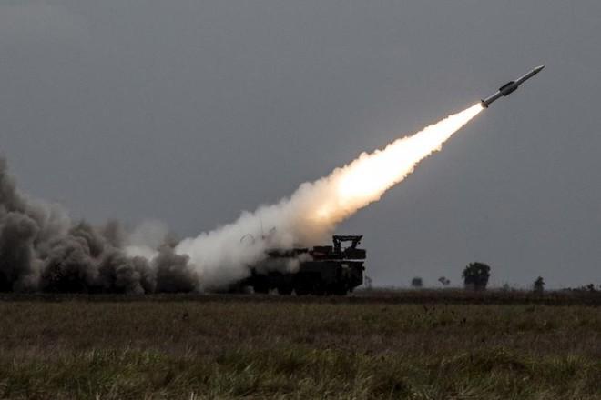 Syria dùng hệ thống phòng không Nga bắn hạ toàn bộ tên lửa Israel ảnh 1