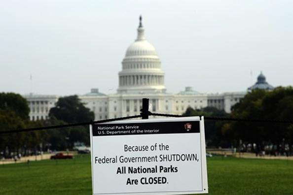 Chính phủ Mỹ lại đối mặt nguy cơ phải ngừng hoạt động ảnh 1