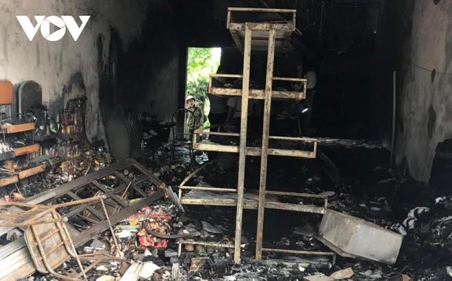 [Tin nhanh sáng 27-7-2021] Đôi vợ chồng tử vong trong vụ cháy ở Hải Phòng: Cơ thể có nhiều vết đâm ảnh 1