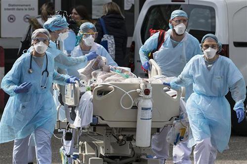 Trung Quốc bất ngờ hối thúc điều tra nguồn gốc dịch Covid-19 tại...Mỹ ảnh 1