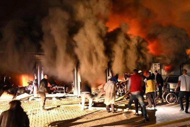 Cháy bệnh viện điều trị Covid-19 ở Bắc Macedonia, ít nhất 10 người chết ảnh 1