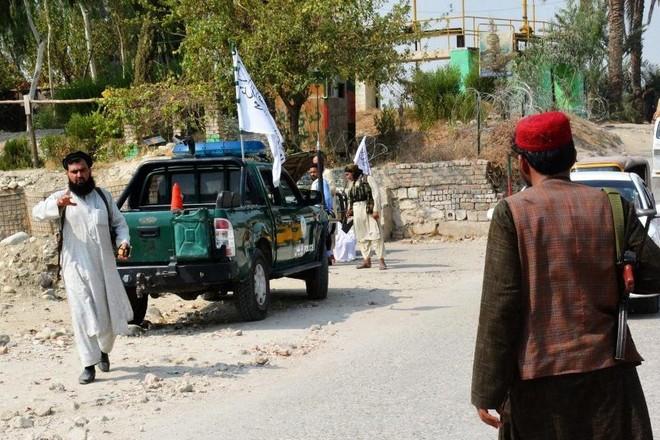 Động thái đáng chú ý của Taliban sau loạt vụ tấn công khủng bố ở Afghanistan ảnh 1