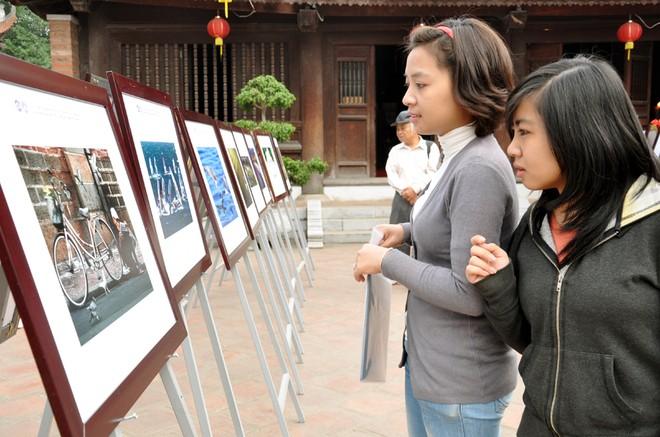 Trao giải Cuộc thi ảnh Nghệ thuật Quốc tế lần thứ 6 tại VN năm 2011 ảnh 3