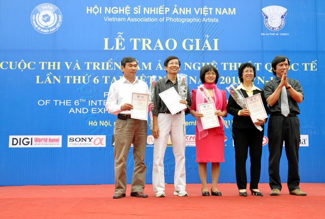 Trao giải Cuộc thi ảnh Nghệ thuật Quốc tế lần thứ 6 tại VN năm 2011
