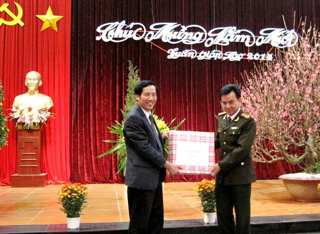 Thứ trưởng Thường trực Đặng Văn Hiếu thăm, chúc Tết CAQ Tây Hồ ảnh 3