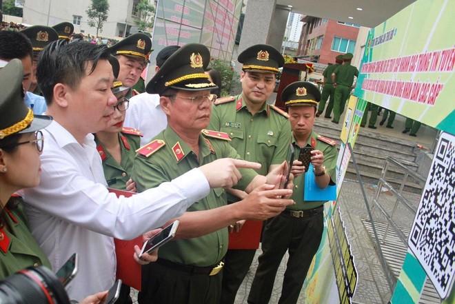 Hơn 11.000 đoàn viên, thanh niên Công an Thủ đô ra quân bảo đảm an ninh, trật tự cho ngày hội bầu cử ảnh 2