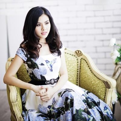 """Nữ diễn viên """"Scandal"""" Vân Trang khoe ảnh đài các ảnh 1"""