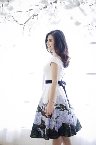"""Nữ diễn viên """"Scandal"""" Vân Trang khoe ảnh đài các ảnh 3"""