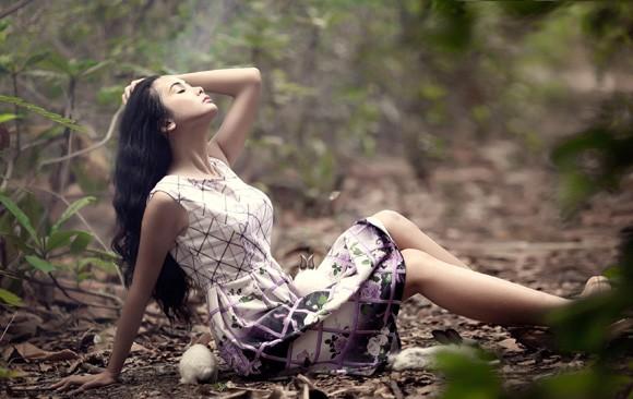 Chán nude, người mẫu Xuân Thuỳ vào rừng chơi… với thỏ ảnh 9