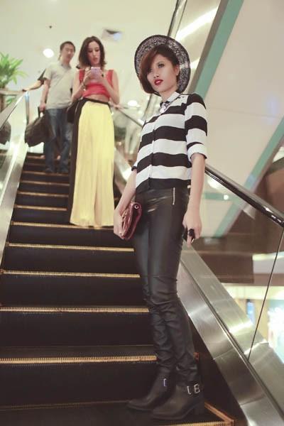 """Trang """"lạ"""" xuất hiện cá tính ở Singapore Fashion Week ảnh 3"""