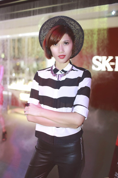 """Trang """"lạ"""" xuất hiện cá tính ở Singapore Fashion Week ảnh 6"""
