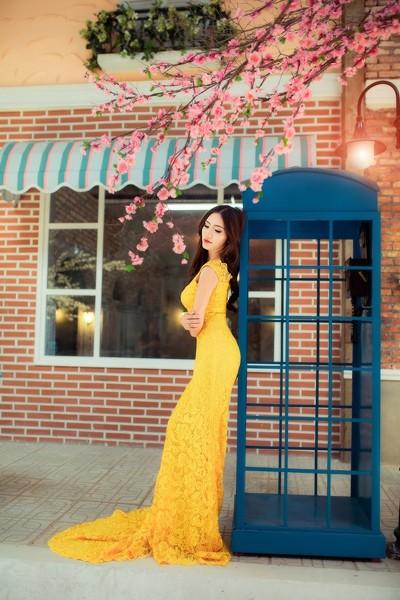 """Dương Hiểu Ngọc khoe đường cong chữ S trong trang phục """"nàng tiên cá"""" ảnh 1"""