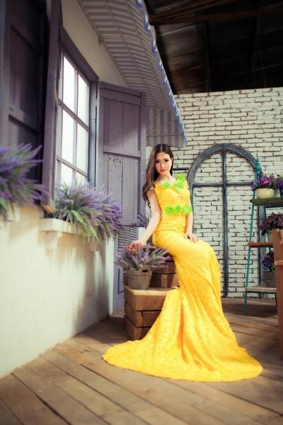 """Dương Hiểu Ngọc khoe đường cong chữ S trong trang phục """"nàng tiên cá"""" ảnh 3"""