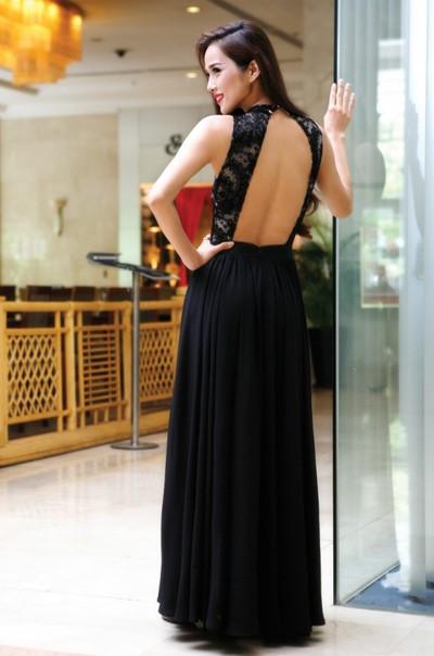"""Siêu mẫu Kim Cương """"hút hồn"""" với đầm dạ hội ảnh 7"""