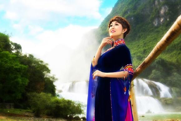 MC Kim Trang hoá thân tiên nữ miền sơn cước ảnh 2