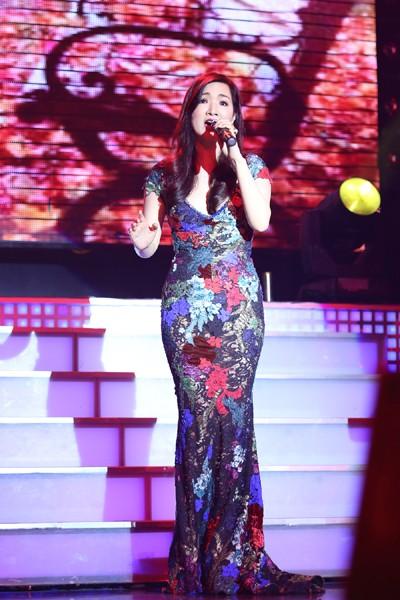 Hoa hậu Giáng My khoe giọng hát mượt mà trong đêm nhạc từ thiện ảnh 4