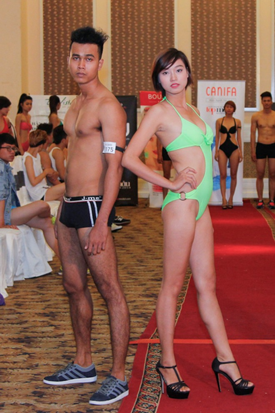 Thí sinh Vietnam's Next Top Model khoe cơ bắp trong phần thi hình thể ảnh 14
