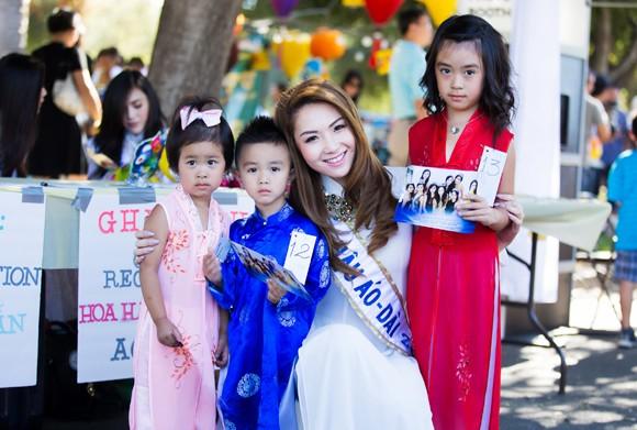 Hoa hậu gốc Việt Jennifer Chung tổ chức Trung thu cho trẻ em TP. San Jose ảnh 7