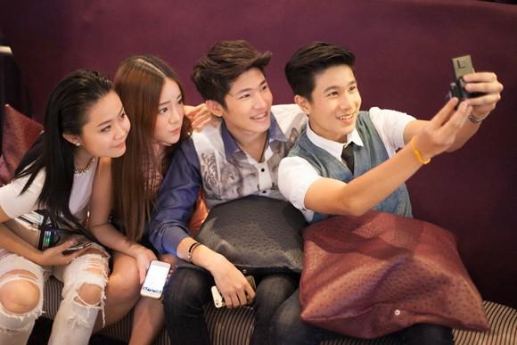 Stylist Trịnh Tú Trung dự sự kiện cùng dàn hot teen Thái Lan ảnh 3